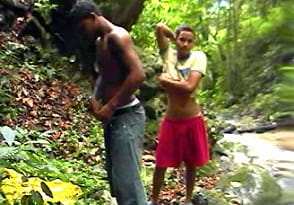 Rony and Carlos – Latino boys 18yo fucking in the bush