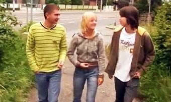 Twinks and teen have bi threesome